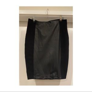 Women's Country Road faux leather skirt size small